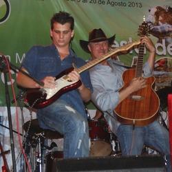 Danny Shain (Country Music Spanish)